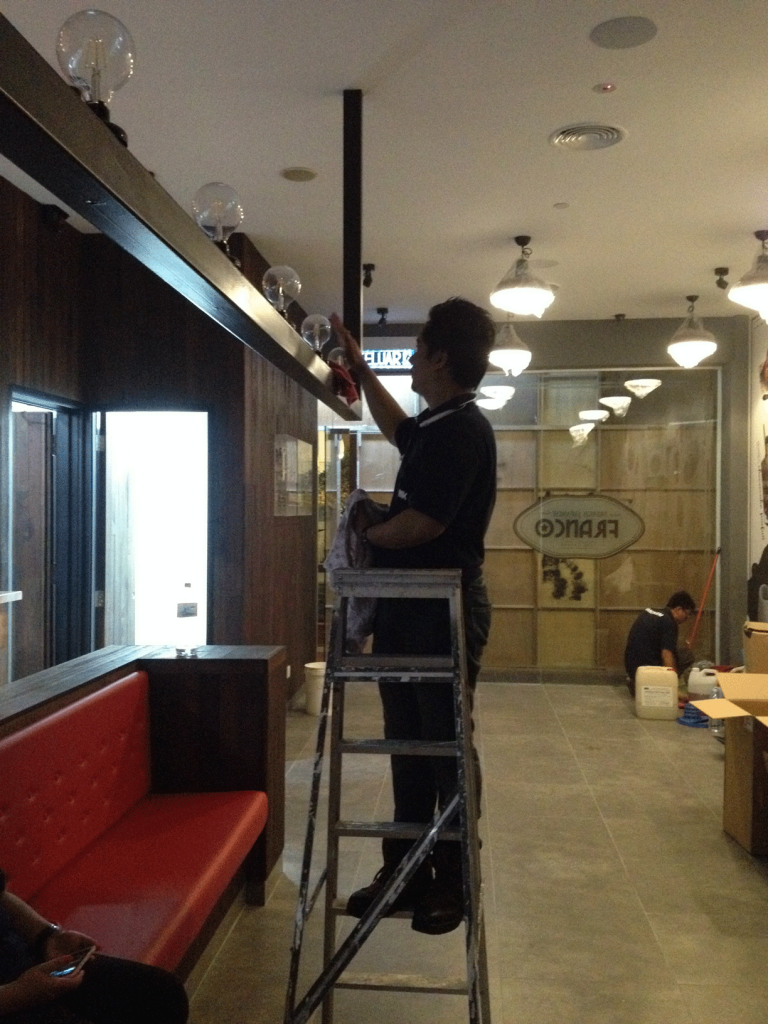 Franco-Cafe-Fresh-Cleaning-Specialist-WIP